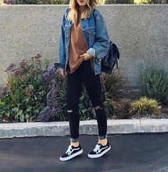 See our straightforward, comfortable & simply lovely Casual Fall Outfit inspiring ideas. Get encouraged with these weekend-readycasual looks by pinning one of your favorite looks. casual fall outfits for work Jeans Outfit Winter, Fall Winter Outfits, Summer Outfits, Summer Clothes, Outfit Jeans, Autumn Outfits For Teen Girls, Simple Outfits For School, Winter Clothes, Jeans Shoes