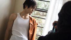 窪田正孝 Kento Yamazaki, Kubota, Lgbt, Beautiful Men, Hot Guys, Basic Tank Top, Japanese, Actors, T Shirts For Women