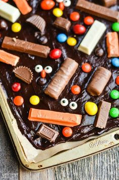 Leftover Halloween Candy Bark - I Don't Have Time For That!