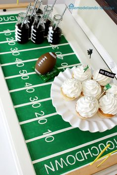 Remodelando la Casa: Cabinet Door Turned Football Field Tray to Celebrate the Big Game and Birthday
