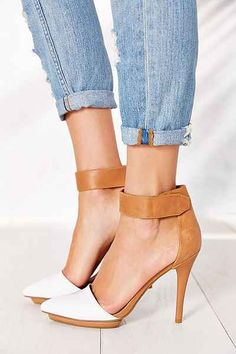 Jeffrey Campbell Solitaire Pointy-Toed Heel - Urban Outfitters