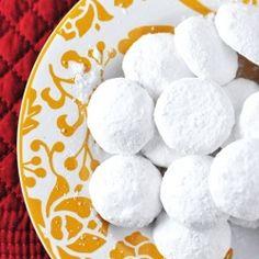 Homemade Christmas Gifts: German Pfeffernusse Cookies Recipe