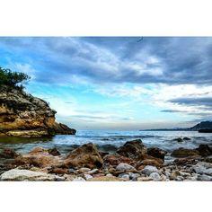 #Photo by @angela_e3 #ametllademar #ametllamar #terresdelebre #tarragona #catalunya #catalogne #cataluña #catalonia #pesca #fishing #pêche #platja #playa #plage #beach #estiu #verano #été #summer #sun #vacances #vacaciones #holiday #traveling #viajes #travel #visit #eatheword #vamosdeviaje #voyage #escapadas #experiences #traveller #food #gastronomia #gastronomy #happyholidays #mediterrani #mediterraneo #mediterranean #visiting #vacation #trip #tourism #tourist #reservadelabiosfera