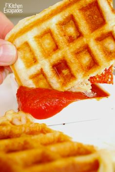 Make pizza new and exciting for your kids! All the best things about pizza: pizza dough, mozzarella cheese and pepperoni but cooked like waffles. Waffle Pizza, Pizza Pizza, Waffle Iron Recipes, Pizza Recipes, Breakfast Waffles, Breakfast Recipes, Pancakes, Good Food, Yummy Food