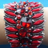 """Great looking bracelet, unusal, bright, attention demanding.    Measures approx 6.5cm (2.56"""") in diameter, 5.6cm(2.3"""") in height  Brand New  Material : High Quality Clear Austrian Crystal Rhinestone, antique bronze metal  Wonderful gift for a loved one..."""