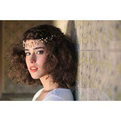 Producción de #Fotos para @majenta_con_jota y @la_p3rcha    Modelo: juli torres   Maq:@nataliaferreira_maquillaje     Tocado: Majenta con Jota Fotografia: Berenice Gomez Crosa #majentaconjota #angel #headpiece #tocado #girl #beautiful #bella #lamesondubua #love #beunique #amor #equipoLaCrew #coworking
