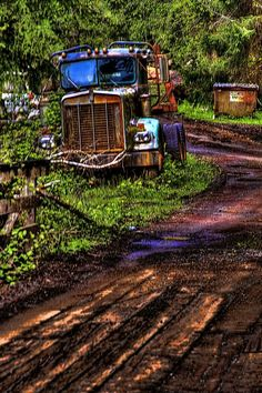 I used to drive a Kenworth just like this..