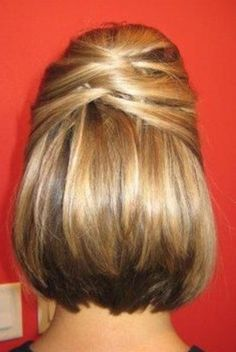 Wedding Hairstyles Medium Hair Hair Style: March-in hairstyle with floral halo Short Hair Updo, Short Wedding Hair, Short Hair Styles, Wedding Updo, Trendy Wedding, Wedding Nails, Wedding Ideas, Short Prom, Hair Day