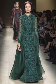 Paris Fashion 2014 | 20 Standout Looks from Milan & Paris Fashion Week Spring/Summer 2014