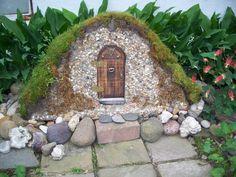 gweniviere gail fairy garden furniture | Found on flowergardengirl.wordpress.com