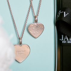 The perfect holiday gift- the custom map necklace. Select any address and a diamond marks the moment and place that means everything. #MapYourMoment
