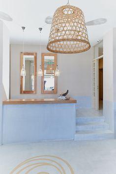Πατητη τσιμεντοκονια / Lava finish by www.evomat.com Lava, It Is Finished, Ceiling Lights, Home Decor, Decoration Home, Room Decor, Ceiling Lamp, Pallet, Ceiling Fixtures