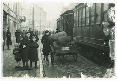 Warszawa, rok 1940. Przeprowadzka do getta