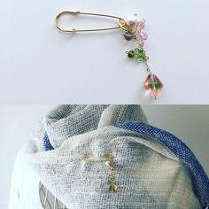 Today's creative work scarf pin. #peridot #scarfpin #czechbeads #ストールピン #ペリドット #チェコビーズ #iichi #creema #minne #pinkoi