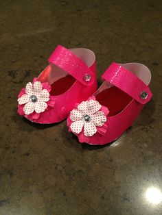 More baby paper shoes