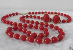 Vintage-MONET-RED-BEAD-NECKLACE-Gold-Spacers-TRIFARI-Clip-On-EARRINGS-Set-EUC