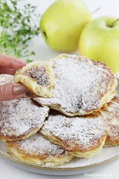 Racuchy z jabłkami, 7 Polish Recipes, New Recipes, Vegetarian Recipes, Cooking Recipes, Favorite Recipes, Sweet Desserts, Delicious Desserts, Helathy Food, Breakfast Recipes