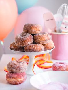 lämpötila May Celebrations, Donut Holes, Most Delicious Recipe, Doughnut, Donuts, Cereal, Anna, Yummy Food, Sweets