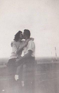 L'attenzione è la prima forma di amore. Simone Weil