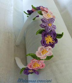Cerchietto gioiello OOAK coroncina di fiori di MelarossaCreazioni