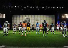 Con un grande evento a New York, Nike e NFL hanno presentato le divise per le 32 squadre della lega per la prossima stagione: Nike Elite 51 Uniform. Ospiti d'eccezione del galà, presentato da Michelle Beisner, volto ufficiale di NFL Network, sono stati: Mark Parker (CEO di Nike Inc.) e i giocatori Pierre Thomas, running back dei New Orleans Saints , Champ Bailey cornerback dei Denver Broncos, Alex Smith quarterback dei San Francisco 49ers e Michael Vick quarterback dei Philadelphia Eagles.