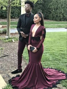 Purple Prom Dresses Long Sleeve Formal Evening Gown Mermaid 2019 Deep V Neck Sexy Backless Party Gowns Black Couple Day vestido de novia Black Girl Prom Dresses, Cute Prom Dresses, Prom Dresses Long With Sleeves, Prom Outfits, Homecoming Dresses, Prom Goals, Bae Goals, Prom Couples, Party Gowns