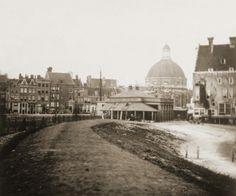 Amsterdam, Westerdoksdijk, liep vroeger veel verder door richting de stad. Hier het accijnskantoor aan het eind van de dijk.