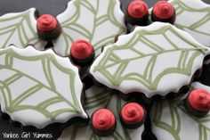 Holly and berries cookies