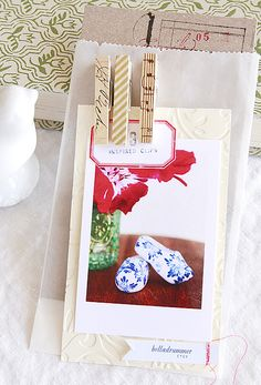 Washi Tape Gift wrapping / Envolturas clothespins!