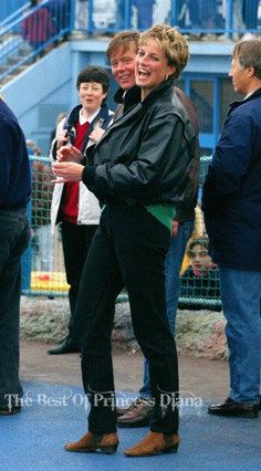 13 April 1993: HRH Diana Princess Of Wales, Prince William and Prince Harry visit The 'Thorpe Park' Amusement Park. The Princess is see. Here with Ken Wharfe her PPO