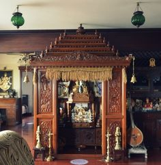 Chandramati Maayi (Aunt) is the first DIY decorator that I had the pleasure of being acquainted with in my life. As a child I remember noticing interesting vintage objects and beautiful flower deco…