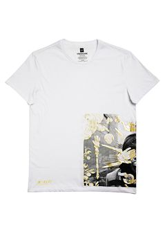 Gap's New T-Shirts Are Anything But Ordinary #refinery29  http://www.refinery29.com/2014/08/73700/gap-visionaire-t-shirt-collaboration#slide11