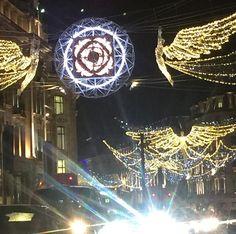 Love light beauty #oxfordstreet #londonlights #sholasays