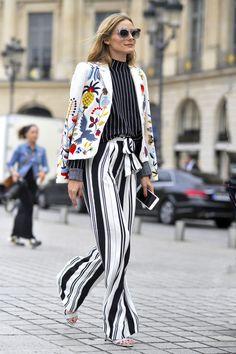 Den smukke og stilsikre fashionista, Olivia Palermo, formår på elegant vis at kombinere et stribet outfit med en cool printet jakke, der både er inspirerende og super cool! På ELLEs moderedaktion har vi fundet de bedste styles og accessories på budget, så du let kan gøre Palermo kunsten efter…