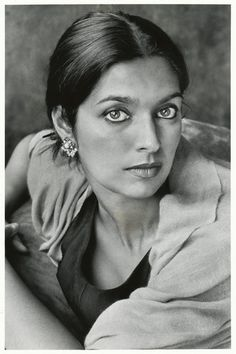 Jhumpa Lahiri in New York City, 2003 | Marion Ettlinger