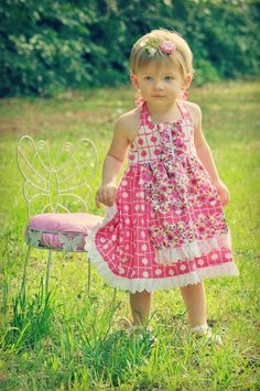 Sewing Patterns for Girls Dresses and Skirts: Apron Dress Sewing Pattern (Sizes 12 months to 10 years of age) Dress Sewing Tutorials, Sewing Patterns Girls, Sewing For Kids, Dress Patterns, Sewing Ideas, Sewing Projects, Pattern Dress, Baby Sewing, Sewing Crafts