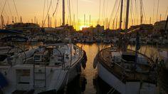 Coucher de soleil sur le port de Gruissan par Emilie Aude Languedoc France Sud South Sunset