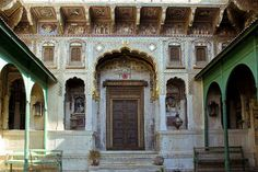 This beautiful threshold from Dundlod, Rajasthan.