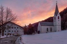 https://www.flickr.com/photos/tobergcz/shares/1WE288   Tomas Bergmann's photos