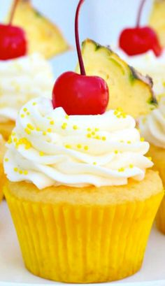 Pineapple Cream Cupcakes #cupcakes #cupcakes #cupcakeideas #cupcakerecipes #food #yummy #sweet #delicious #cupcake