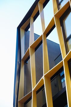 Gallery of Apartment Building / DROO - 24