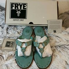 Frye Avery thong sandal Seafoam sz 9 NIOB New in box Frye thong sandals in Seafoam color.  I love these sandals!! Perfect for spring break!  Sz 9M Frye Shoes Sandals