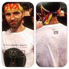 """Accessori con Citazioni Famose disponibili sul nostro Shop: http://www.gaspy.it "" #gaspypeople #tshirt #newbrand #madeinitaly #jovanotti #jovanottineglistadi #jovanotti2015 #jovanottitour #concertone #concertojovanotti #roma #stadioolimpico #ootd"