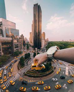 Amazing manipulation at Columbus Circle by Ivvn Wong