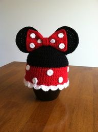 If I ever have i girl-I'm buying this!Minnie Mouse crocheted hat by LaNinaBellaBoutique on Etsy, $15.00.