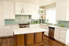 Examples monplace neutral kitchen paint colors with oak colorful backsplash designs White Kitchen Cabinets, Kitchen Paint, Kitchen Backsplash, New Kitchen, Kitchen Decor, Backsplash Ideas, Blue Backsplash, Kitchen White, Glass Kitchen