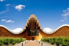 #Architecture & wine combine perfectly at #RiojaAlavesa. #winetours #visitspain #spanishwine bit.ly/1fXJxRs