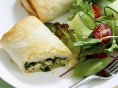 Chicken, spinach and feta parcels, pastry recipe, brought to you by Woman's Day