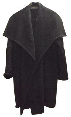 Donna Karan Wool Blend Sz M/l Coat. Free shipping and guaranteed authenticity on Donna Karan Wool Blend Sz M/l CoatDonna Karan Black Wool Blend Coat Sz M/L (tag says...