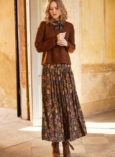 Coppery cloisonné flowers from an antique Limoges pocketwatch warm the navy ground of our viscose and elastane jersey maxi-skirt. The contoured yoke fits slim through the waist, releasing in front gathers to a full, sweeping hem; Full Skirt Outfit, Maxi Skirt Outfits, Winter Skirt Outfit, Skirt Pants, Modest Outfits, Modest Fashion, Dress Skirt, Boho Fashion, Fall Outfits